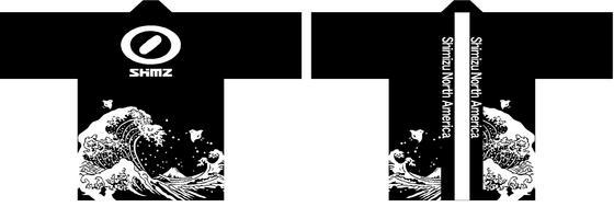 法被の中で最もインパクトのあるブラック!シンプルな配色とデザインですが、海外の方に向けても日本を感じていただける様に「北斎の波」を大胆にレイアウトさせていただきました。目立ちますね~!